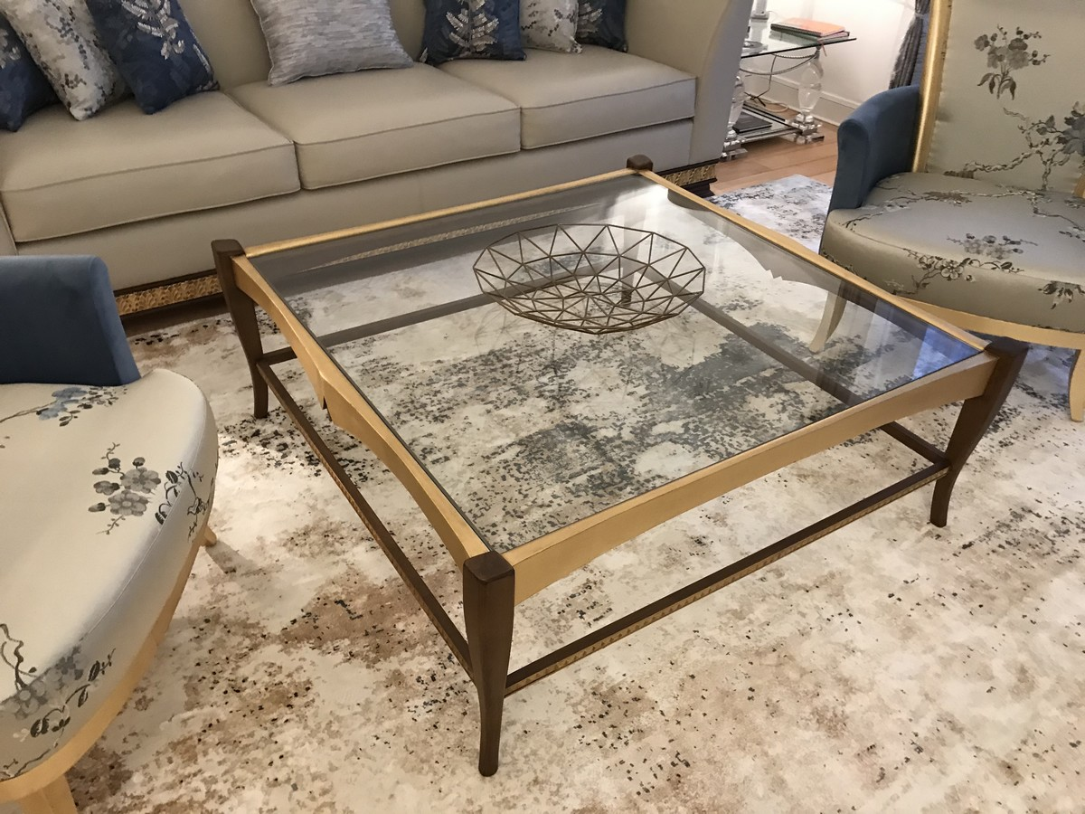 Luxury baroque coffee table